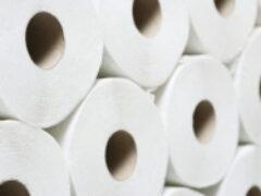 В Австралии магазины ограничили продажу туалетной бумаги из-за роста спроса