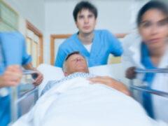 ПЦР-анализ на COVID-19 для пациента, который планово ложится в больницу, должно осуществляться за счет средств ОМС