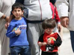 СМИ: В Сирии боевики похищают детей и заставляют их воевать