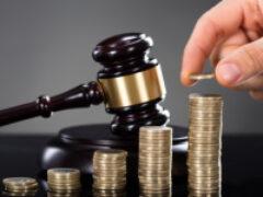 Принятие судами мер противодействия незаконным финансовым операциям: обзор судебной практики ВС РФ