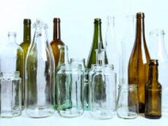 Минфин поддержал маркировку стеклотары и запрет на продажу крепкого алкоголя в пластике