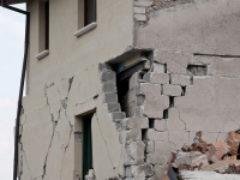 «Минобороны разбомбило у нас все»: после взрывов под Ачинском люди восстанавливают дома