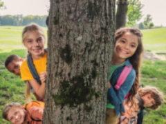 Так можно ли приезжать «в гости» к детям в летний лагерь?