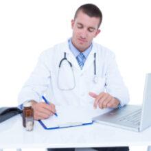 Фармлицензию можно попросить без предоставления документов через личный кабинет на портале госуслуг