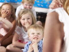 Владимир Путин поручил обеспечить всех детей местами в садах до 2023 года
