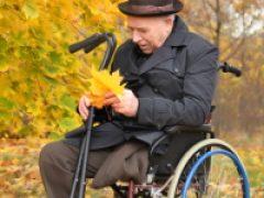 ПФР напомнил о том, что пенсионеры в случае смерти супруга могут изменить вид своей пенсии