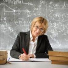 Правительство РФ доложило Федеральному Собранию о результатах в сфере регулирования оплаты труда педагогов за 2020 год