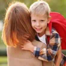 Как предоставляется вычет по НДФЛ родителям совершеннолетнего школьника?